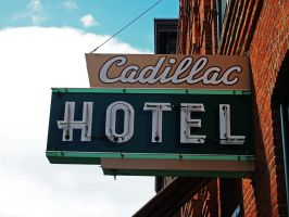 Cadillac hotel by Mackingster