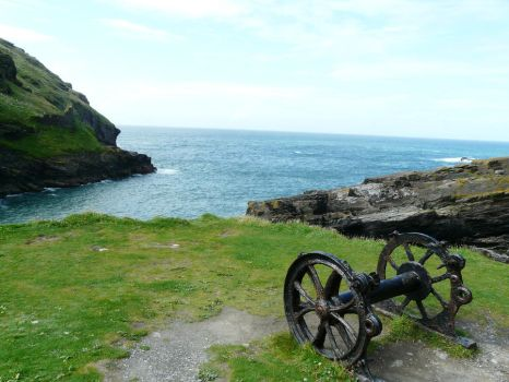 At Tintagel by chowzan