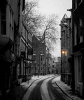 Petergate in the snow . by velar1