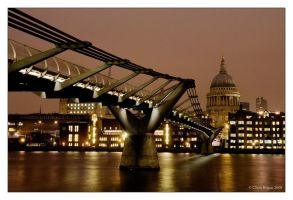 view to st paul's by strangelight