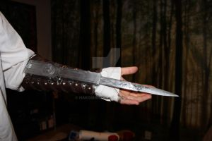 Assassin's Creed hidden blade by hakoshin