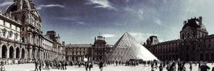 louvre by YellowCakePictures