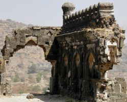 ruins of devgiri fort by kumarvijay1708