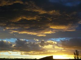 Very Nice view of Sunset with Storm in process by Johnny-Aza