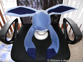 Glaceon Hat by Allyson-x