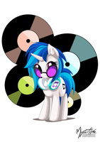 Vinyl Scratch by mysticalpha