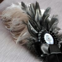 Victorian Feather Hairpin by RagDolliesMadhouse