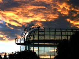 Glass and Sky by moeuf