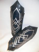Elf bracer by Feral-Workshop
