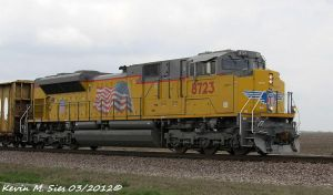 Brand New UP SD70ACe 8723 leads UP MASCH 25 by EternalFlame1891