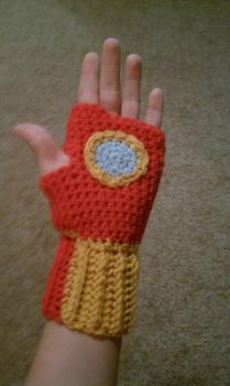 Iron Man Gloves by bexiemorse