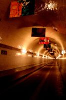 tunnel in hamburg by Kratzi