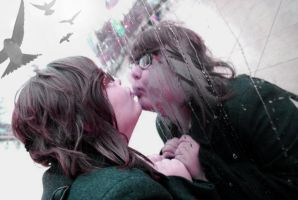 Kissing Cloud Gate by sarahkeyster
