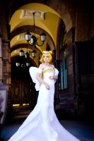 Neo Queen Serenity by Reryuuzu