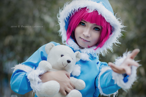 Frostfire Annie (League of Legends) by azeleia