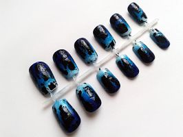 Blue Gradient Crackle by nail-artisan