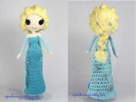 Snow Queen Elsa Disney's Frozen crochet amigurumi by Npantz22