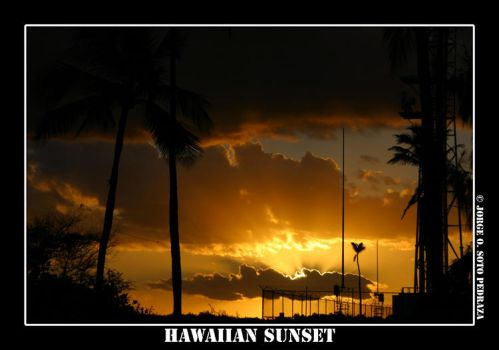 Hawaiian Sunset by Superphotographer
