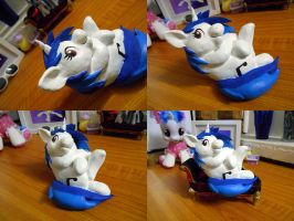 Vinyl Scratch Clay Figure by Tilly-Towell