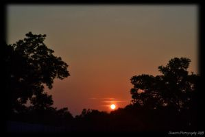 Setting sun by SemioticPhotography