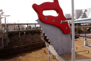 Giant Saw in Odaiba by mikeeightyeight