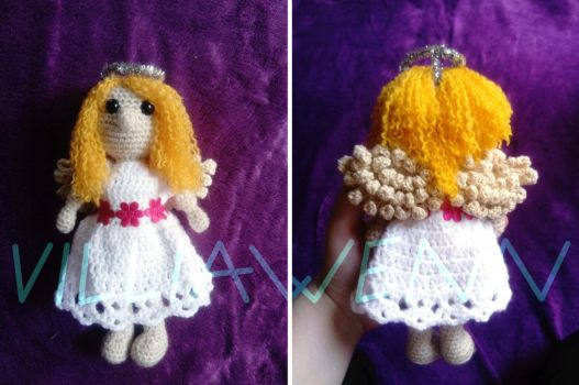 Amigurumi Angel by Villiawenn