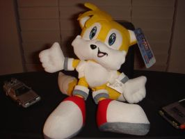 My new Tails plushie by MetaKnight2716