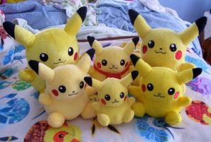 Pikadoll Family by Fishlover
