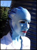 Earth's sun - Liara cosplay by Soylent-cosplay