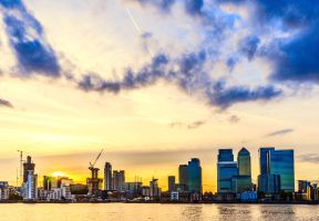 Canary Wharf, early evening by deepgrounduk
