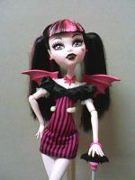 Draculaura Succubus by MarieLoup