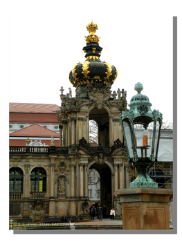 Zwinger Crown Gate by WillFactorMedia