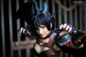 Toothless Cosplay by KICKAcosplay