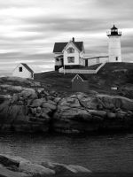 Monochrome Nubble by davincipoppalag