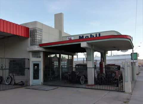 Mobil gas station by finhead4ever