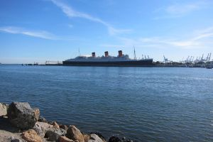 LA - Long Beach, Queen Mary whole view by elodie50a
