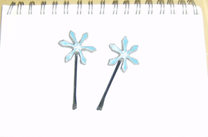 First set of Orihime hairpins by Bishiglomper