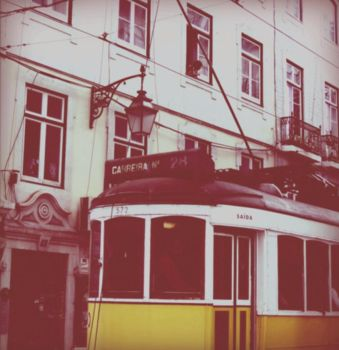 lisbon is full of life 02 by andzcobain