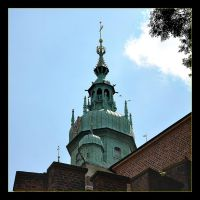 One Of The Wawel Cathedral's Tower by skarzynscy