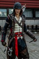 Connor Kenway Cosplay, Battle stance by Pearlite