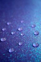Drops of Glitter by xLindarielx