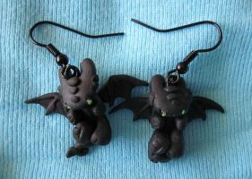 HTTYD night fury earrings by carmendee
