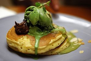 Green Tea Pancake by edwin1303