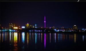 toronto skyline by lilhumanbean