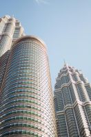 The Petronas Twin Towers by hmddeen