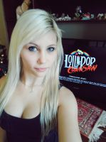 Lollipop Chainsaw Game! by AndroidMiya