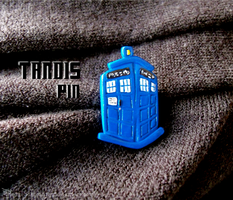 TARDIS pin by Hedgehogscanfly