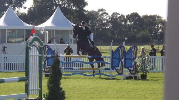 MI3 - Show Jumping 7 by imagine-all-the-art