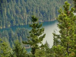 Hiden Lake on Orcas Island by DarrianAshoka