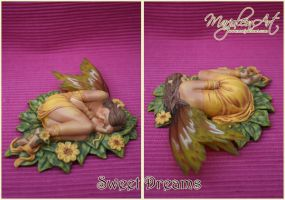 Figurines: Sweet Dreams by MarjoleinART